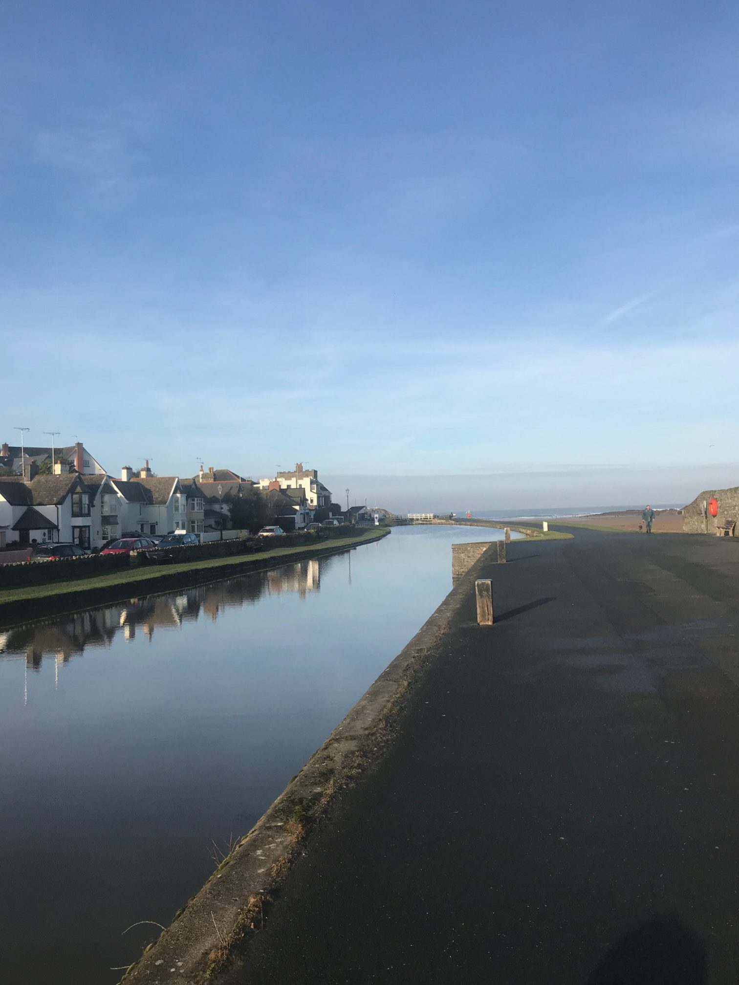 Walk along Bude canal from Marhamchurch to Summerleaze beach.